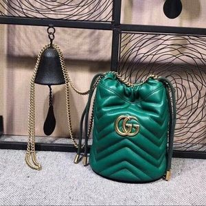 Gucci Bag 🦎Almost new. Size 17/19 No Box.